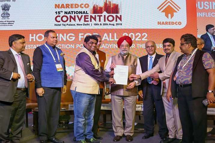 Minister of State for Housing & Urban Affairs Hardeep Singh Puri at the 15th National Convention on - India TV Paisa