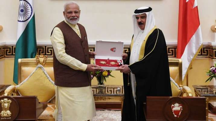 PM Narendra Modi conferred 'The King Hamad Order of the Renaissance' in Bahrain | Twitter- India TV