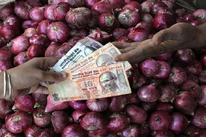 onion price hike- India TV Paisa