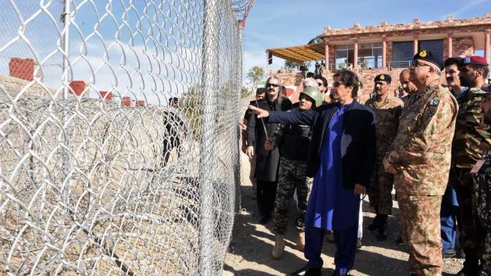 कश्मीर मुद्दे पर समर्थन नहीं मिलने पर पाकिस्तान ने चला 'अफगानिस्तान कार्ड', अमेरिका को चेताया- India TV