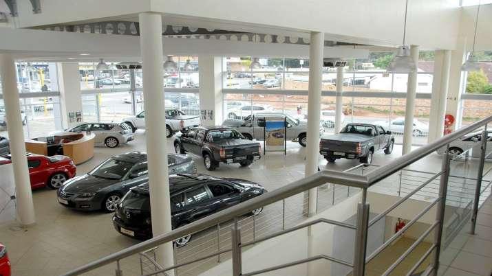 passenger vehicle sales down in july- India TV Paisa