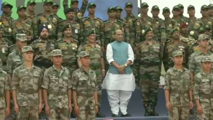 Rajnath Singh joins closing ceremony of International Army Scout Masters Competition in Jaisalmer | - India TV
