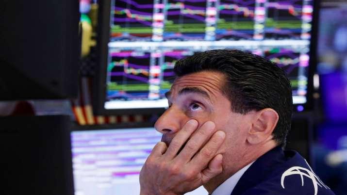 U.S. economists expect recession in 2020 or 2021- India TV Paisa