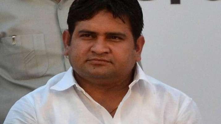 AAP MLA Sandeep Kumar disqualified BY Speaker Ram Niwas...- India TV