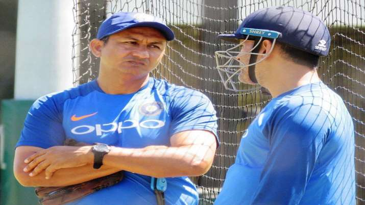कोच के बाद टीम इंडिया...- India TV