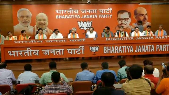 10 SDF MLA's Joins BJP in presence of party General Secretary Ram Madhav- India TV