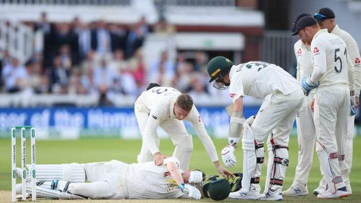 मैदान पर चोटिल पढ़े थे स्मिथ और हूटिंग कर रहे थे इंग्लैंड के फैंस, ऑस्ट्रेलियाई किक्रेट ने की आलोचना- India TV
