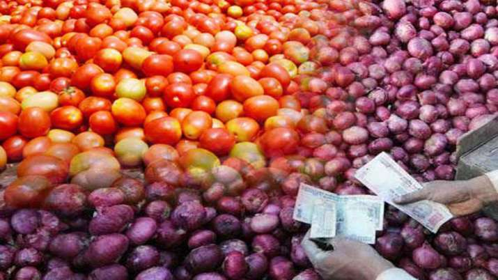 Tomato prices soar to Rs 80/kg, onion at Rs 50/kg in Haryana, Punjab- India TV Paisa