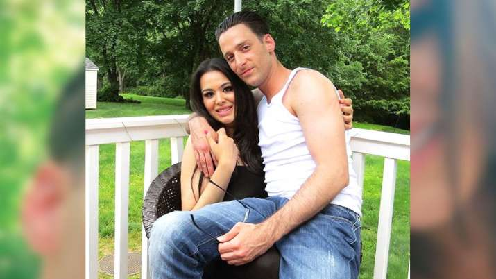 Sanjay Dutt daughter Trishala with boyfriend- India TV