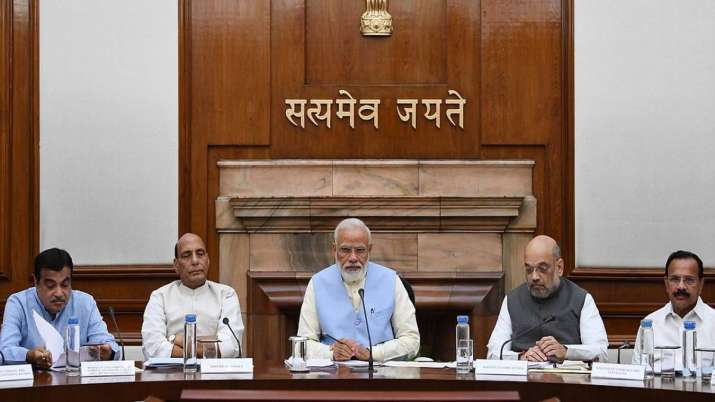 Cabinet eases FDI rules for single brand retail, OKs 100pc FDI in contract mfg,coal mining- India TV Paisa