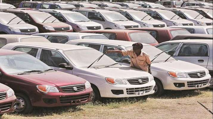 Major automobile manufacturers report sharp decline in August sales- India TV Paisa