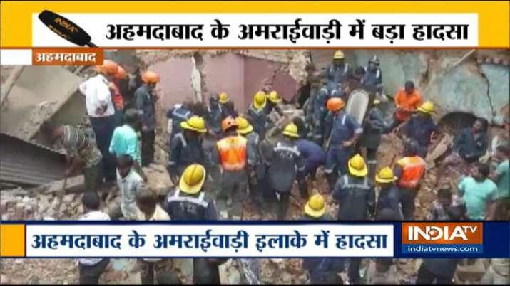 Building collapses in Amraiwadi- India TV