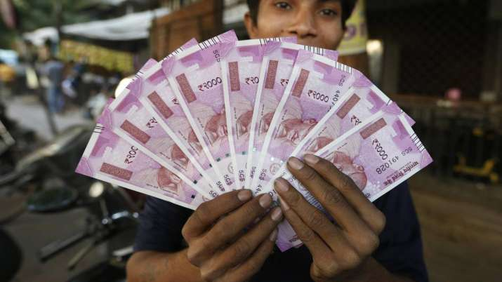 ESIC ties up with SBI for DBT facility- India TV Paisa