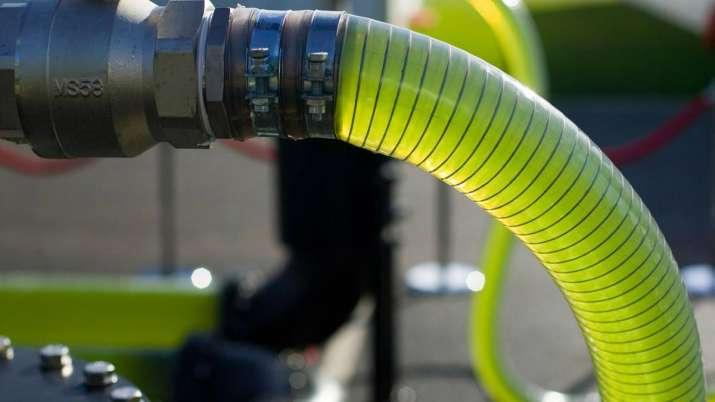 Govt hikes ethanol procurement price for fuel blending- India TV Paisa