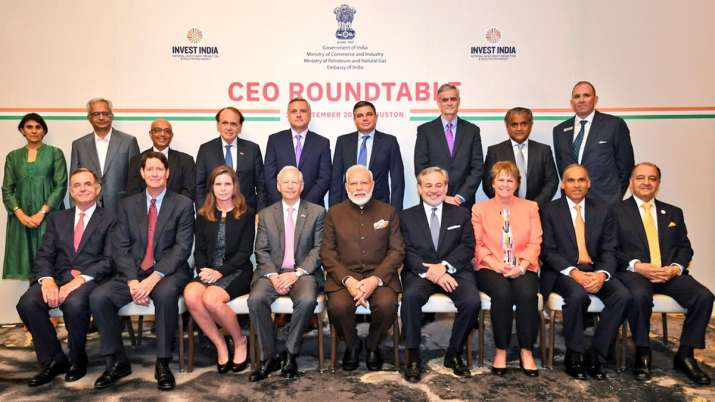 Narendra Modi meets CEOs from energy sector in US, PM asks 'Howdy Houston' before 'Howdy Modi' even- India TV