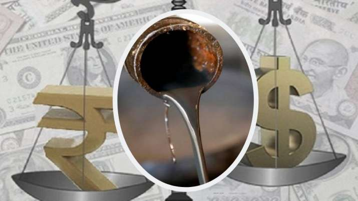 Indian currency plunged sharply in crude oil rupee lost 1 percent against dollar- India TV Paisa
