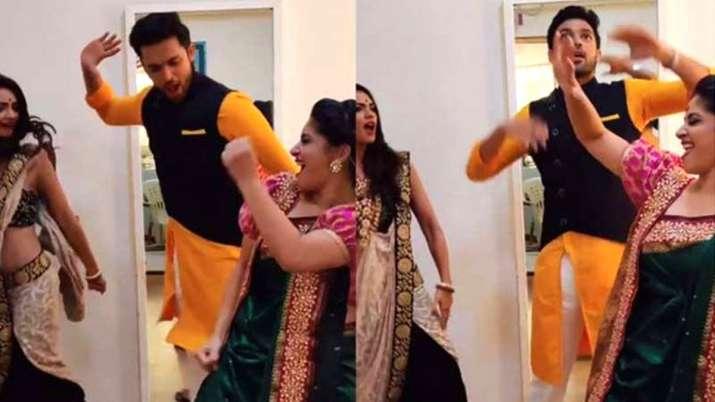 Dhagala Lagali गाने पर डांस करते पार्थ, पूजा और शुभावी- India TV