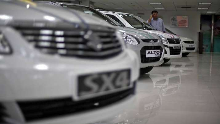 Passenger vehicle sales decline for 10th straight month; down 31.57 pc in Aug- India TV Paisa