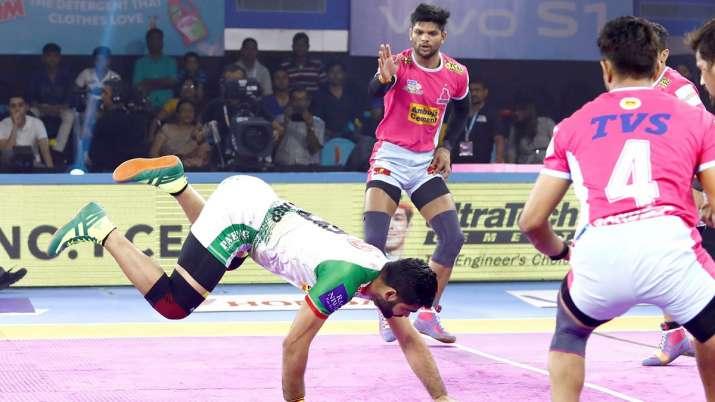 PKL 2019: तीन बार की...- India TV
