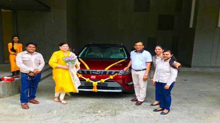 M&M MD Pawan Goenka bought his first car as MahindraXUV300- India TV Paisa