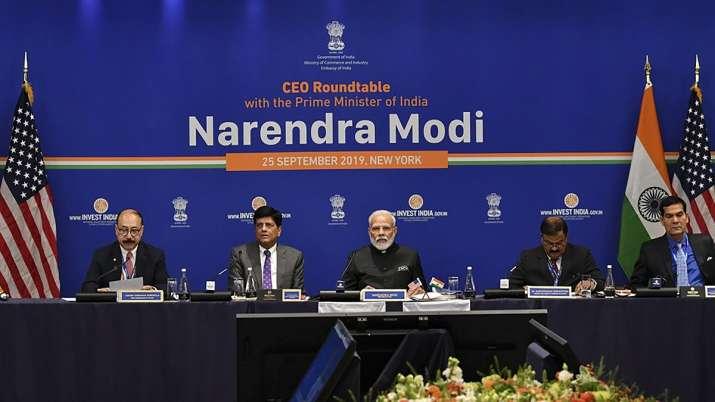 Prime Minister Narendra Modi and Union Railways Minister Piyush Goyal (2L) during a roundtable meeti- India TV Paisa