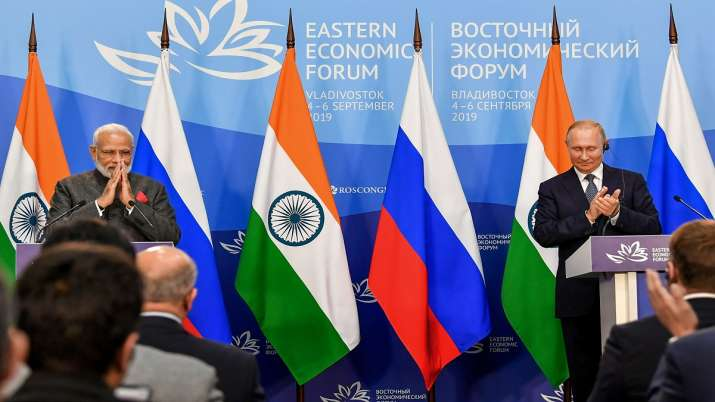 Prime Minister Narendra Modi with President of Russian Federation Vladimir Putin during the joint pr- India TV