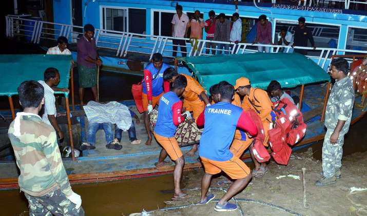 APSDRF personnel rescue passengers of a boat which...- India TV