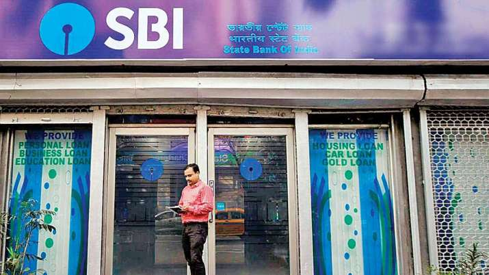 Ahead of festivals, SBI again cuts lending rates by 10 bps- India TV Paisa
