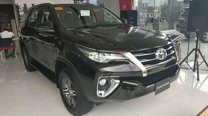 Toyota Kirloskar launches limited edition Fortuner priced at Rs 33.85 lakh- India TV Paisa