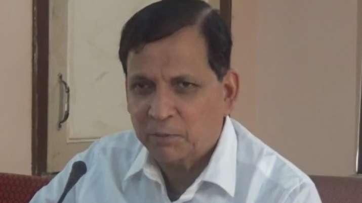 पूर्व मंत्री बादल चौधरी की तलाश में पुलिस- India TV