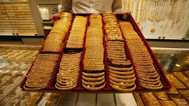 Gold marches higher; up Rs 120 on festive demand, weaker rupee- India TV Paisa