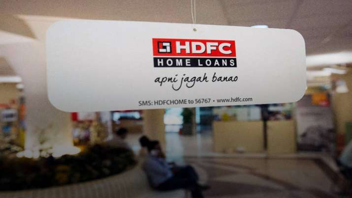 HDFC trims lending rate by 10 basis points- India TV Paisa