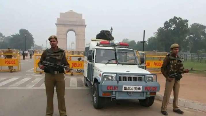फोन इंटरसेप्ट, अमेरिक से मिले इनपुट के बाद सुरक्षा एजेंसियां हाई अलर्ट पर, पाक रच रहा बहुत ही घिनौनी- India TV