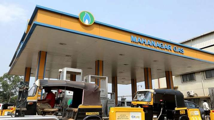 Mahanagar Gas cuts CNG, PNG prices in Mumbai- India TV Paisa