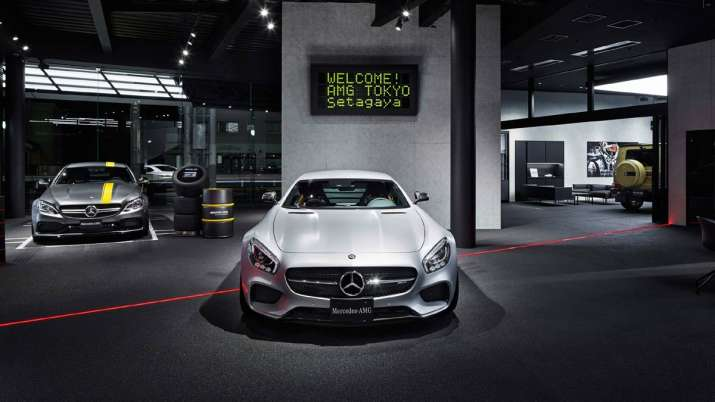Mercedes-Benz expects 25pc sales from online booking by 2025- India TV Paisa
