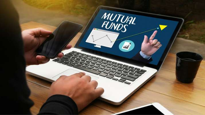no need to panic from market fluctuations, Asset Allocation Fund gives better returns- India TV Paisa