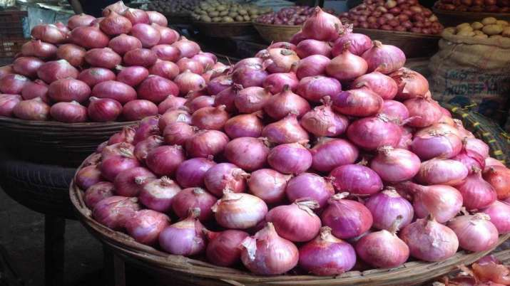 Onion prices stable, showing a decline- India TV Paisa