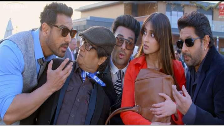 Pagalpanti Trailer Out- India TV