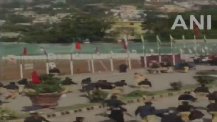 Pakistani police lathicharged on protesters in Muzaffarabad of PoK during rally- India TV