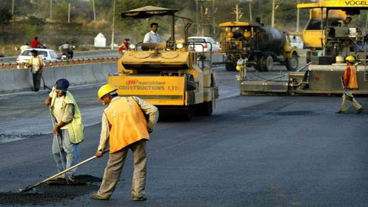 सड़क निर्माण में...- India TV