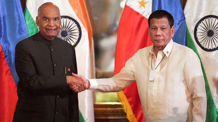 President Ram Nath Kovind with Philippines President Rodrigo Roa Duterte- India TV