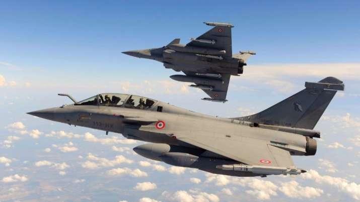 भारतीय वायुसेना को मिले लड़ाकू विमान राफेल से पाकिस्तान में बेचैनी, आया यह बड़ा बयान- India TV