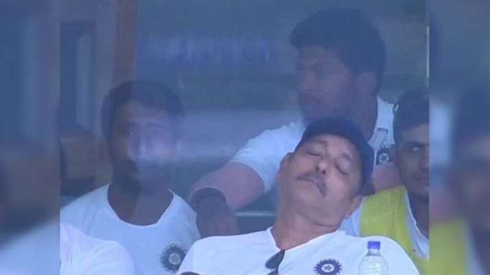 Ravi Shastri Sleeping- India TV