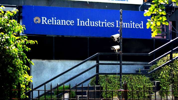RIL creates history, becomes first Indian co to hit Rs 9 lakh cr m-cap mark- India TV Paisa