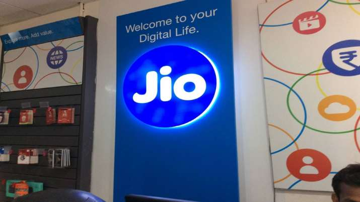 Reliance Jio alleges fraud by incumbent telcos to earn IUC revenue- India TV Paisa
