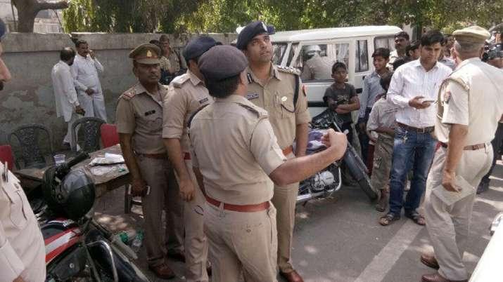 सहारनपुर में भाजपा पिछड़ा प्रकोष्ठ के जिला उपाध्यक्ष की गोली मारकर हत्या- India TV