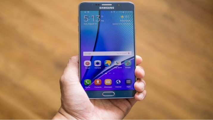 Samsung drops security updates for these 3 devices- India TV Paisa