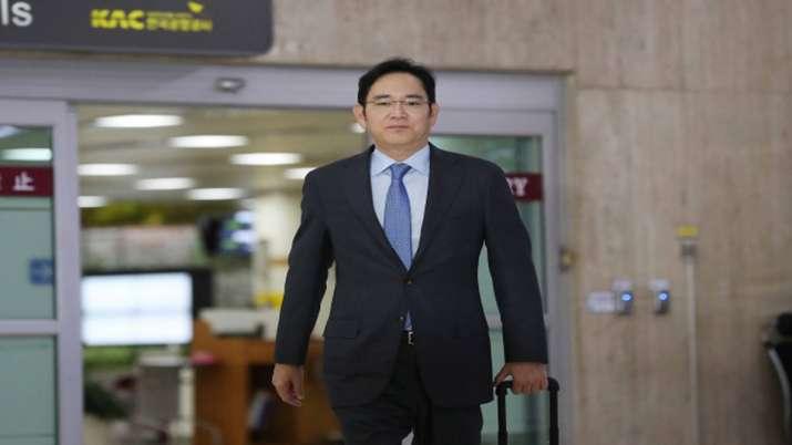 Samsung heir in India, likely to meet Modi, Mukesh Ambani - India TV Paisa