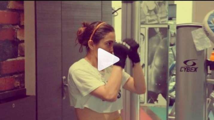 Sara ali khan boxing video- India TV