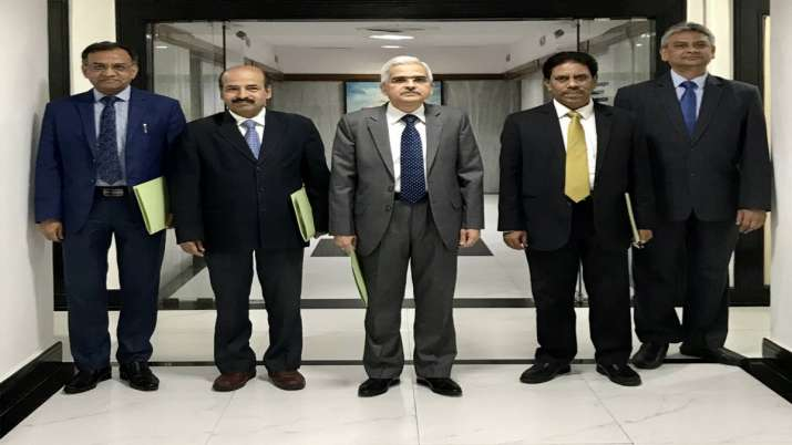 RBI cuts rates to support growth, says shaktikanta das- India TV Paisa